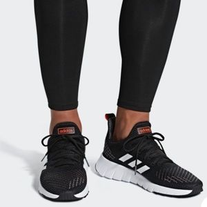 NWT Men's Adidas Asweego running sneakers F37038